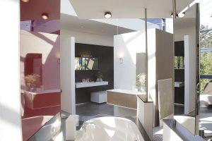 Mit einer hochwertigen Badausstellung zeigen gute Badplaner ihre Kompetenz in der Badrenovierung.